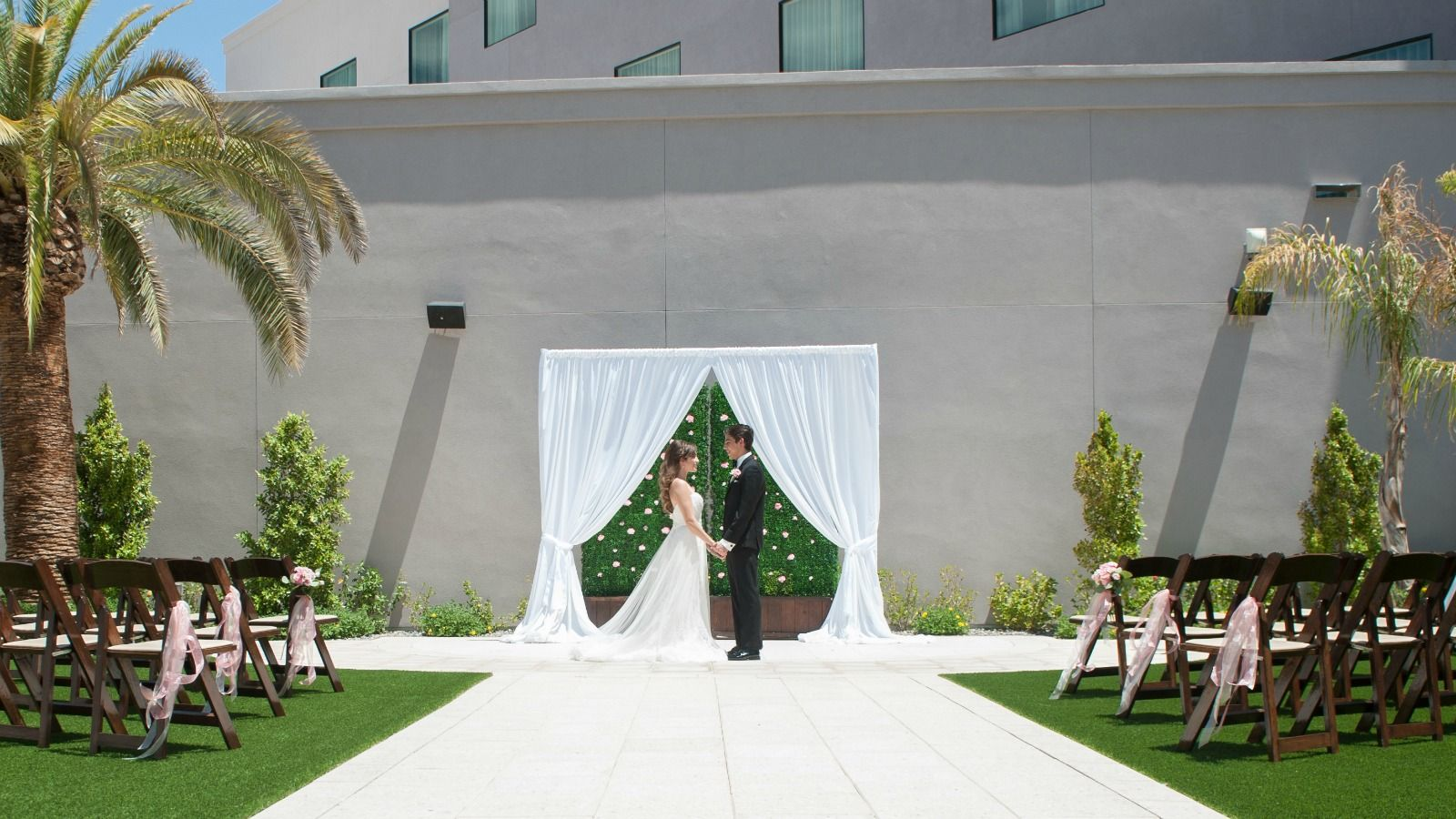 Wedding Venues in Phoenix - Outdoor Ceremony